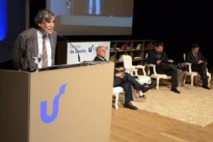 O evento de Lançamento da Escola de Direito Unisinos teve a conferência do jurista e filósofo francês François Ost.