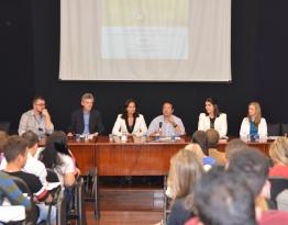 Professores do PPGDireito - Unisinos com o Prof. Alvaro Sanchez Bravo (Universidade de Sevilha) e representantes do TCE/RS.